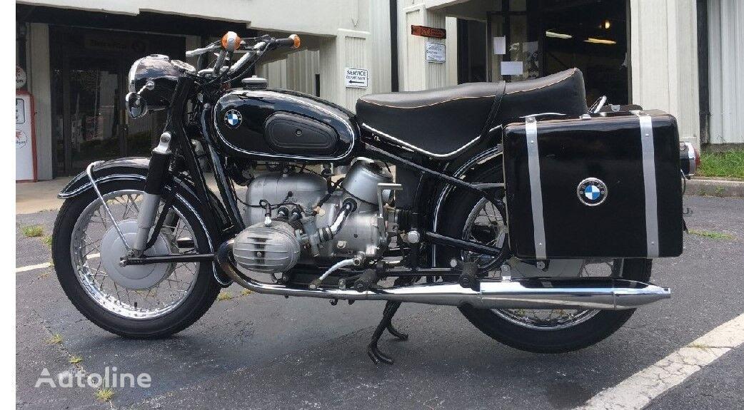 BMW R60/2 motorbike