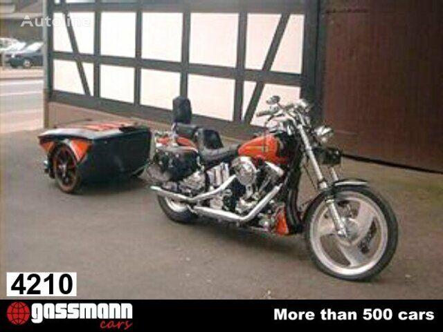 HARLEY-DAVIDSON  Softail Custom motorbike