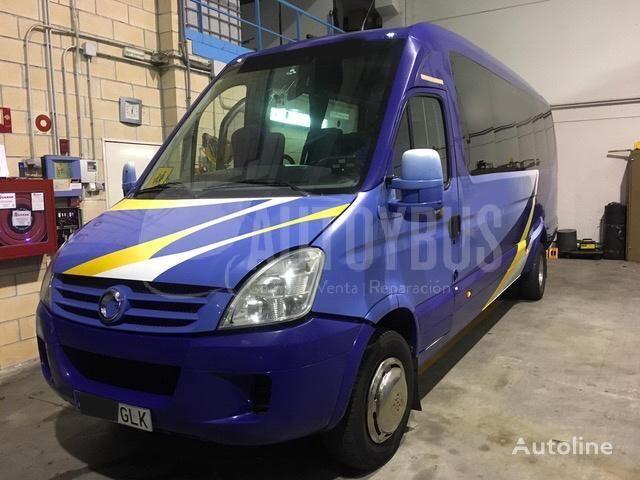 IVECO A65C18 FERQUI 24p passenger van