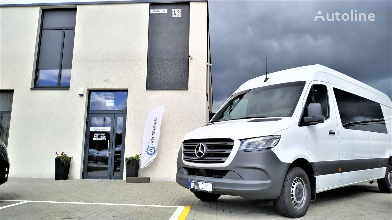 new MERCEDES-BENZ Sprinter 319 passenger van