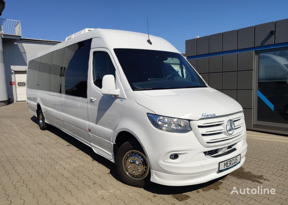 new MERCEDES-BENZ Sprinter 519 passenger van