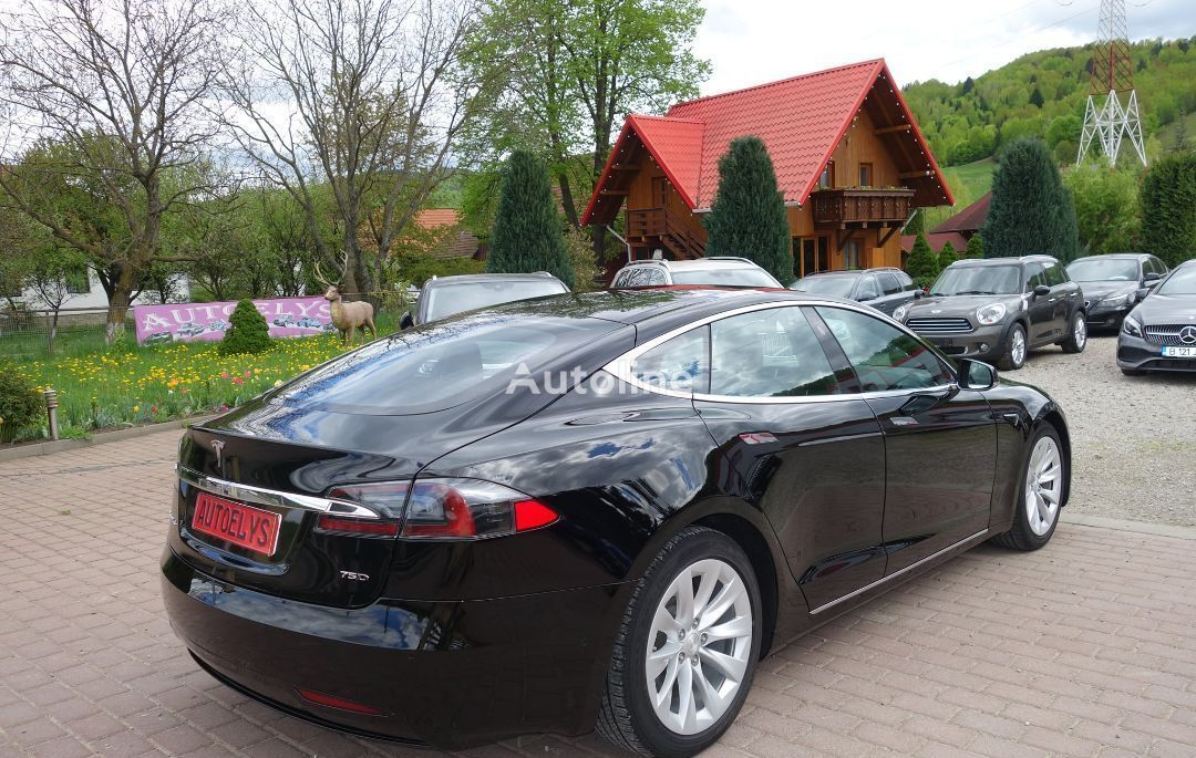 Tesla tsla-model-s sedan