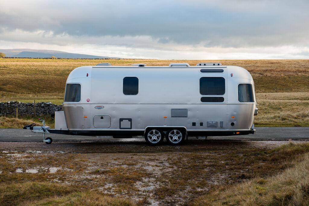 new AIRSTREAM 604 Yukon caravan trailer