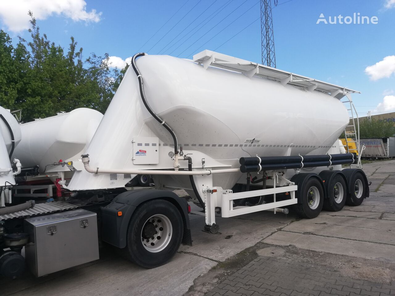 SPITZER SF 2734/2P - PO RENOWACJI - NOWY LAKIER cement tank trailer