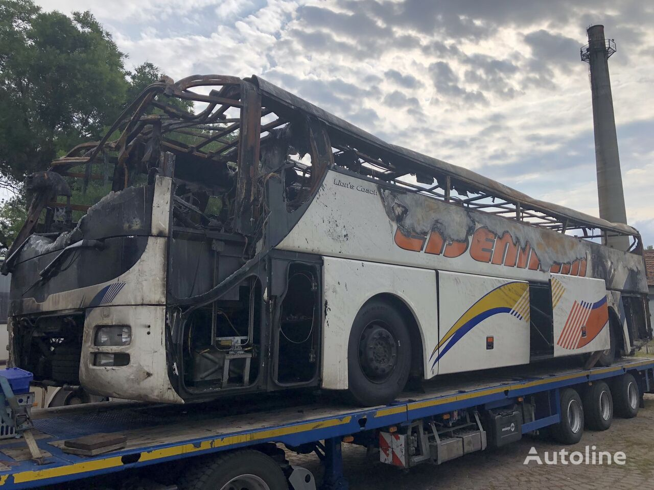 damaged MAN R 07 LION S COACH coach bus