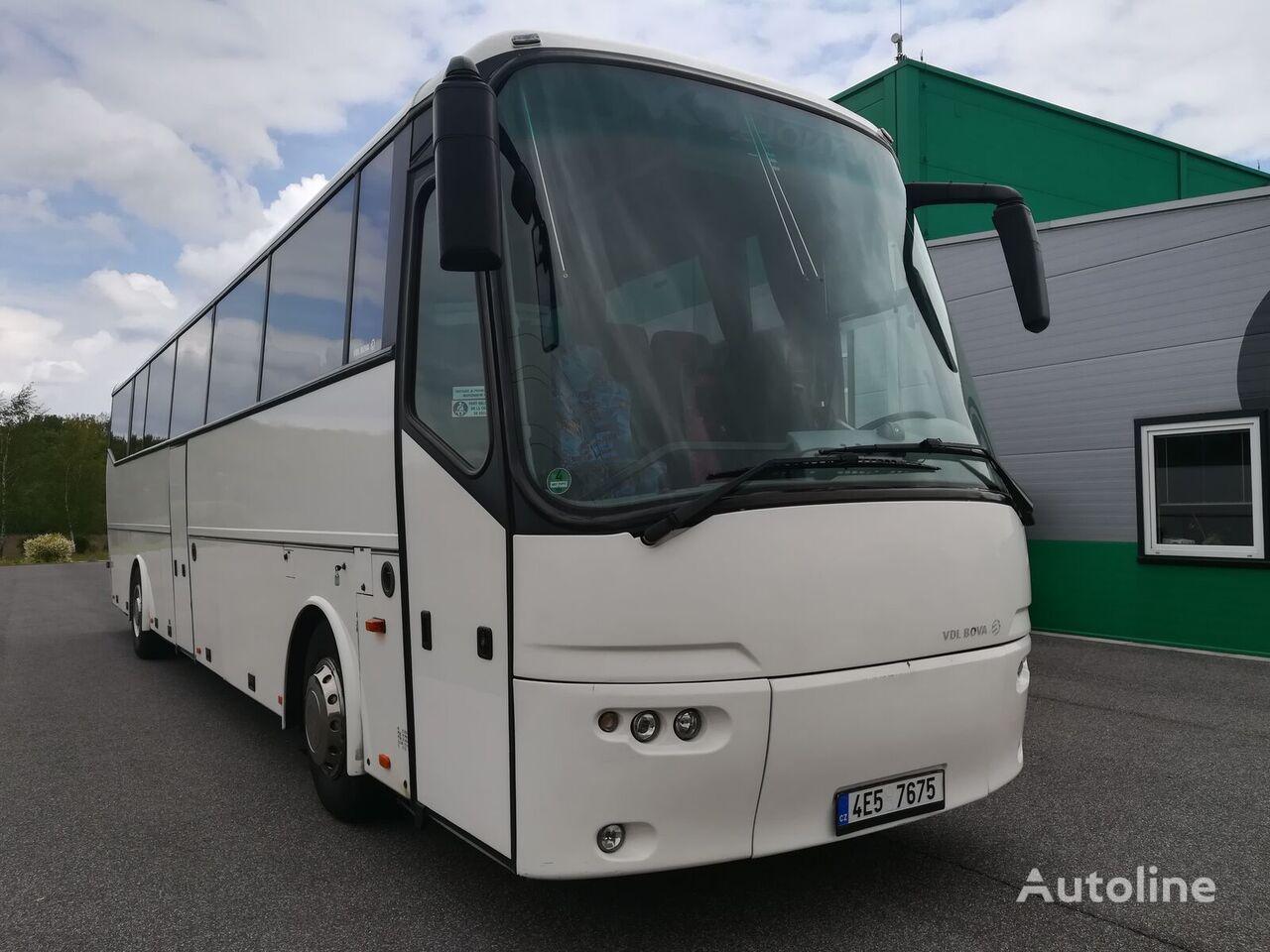 BOVA Futura FHD coach bus