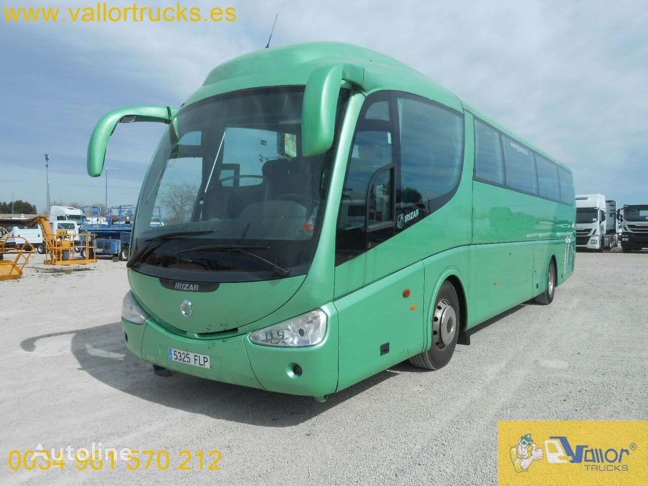 IRIZAR PB coach bus