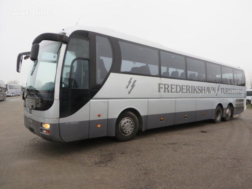 MAN _ coach bus