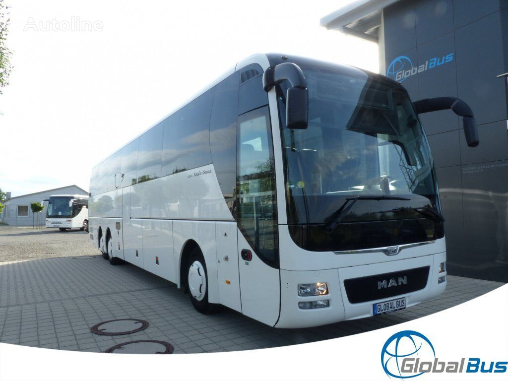 MAN Lion's Coach R 08 EURO 6 coach bus