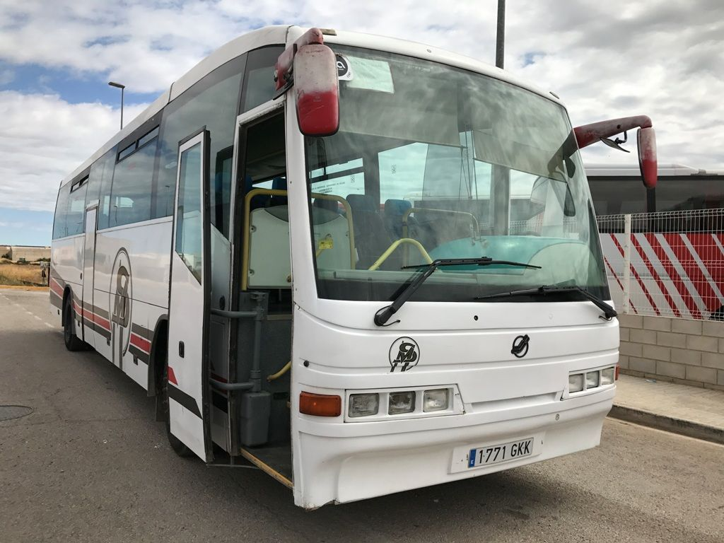 MERCEDES-BENZ O404 coach bus