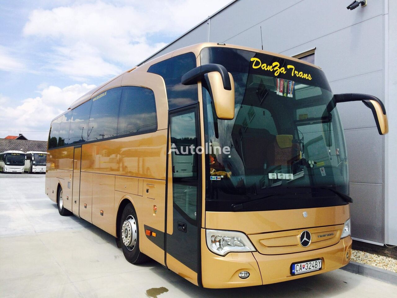 MERCEDES-BENZ Travego 15 coach bus
