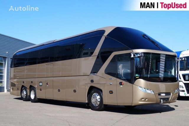 NEOPLAN STARLINER / N 5218 SHDL coach bus
