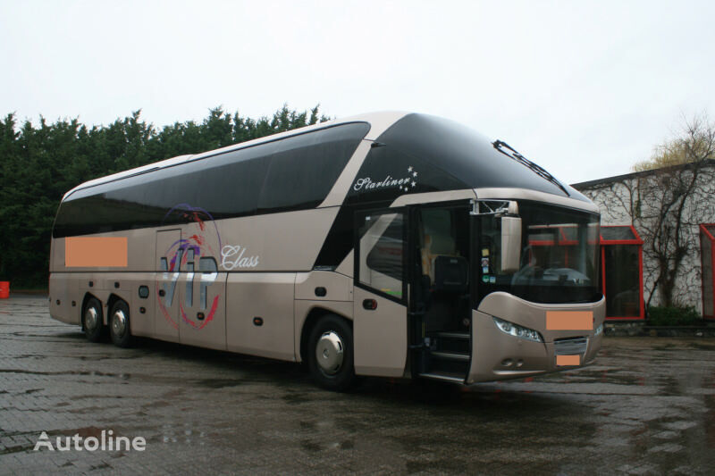 NEOPLAN Starliner N5218SHD coach bus