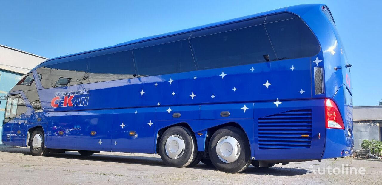 NEOPLAN Starliner P11 coach bus
