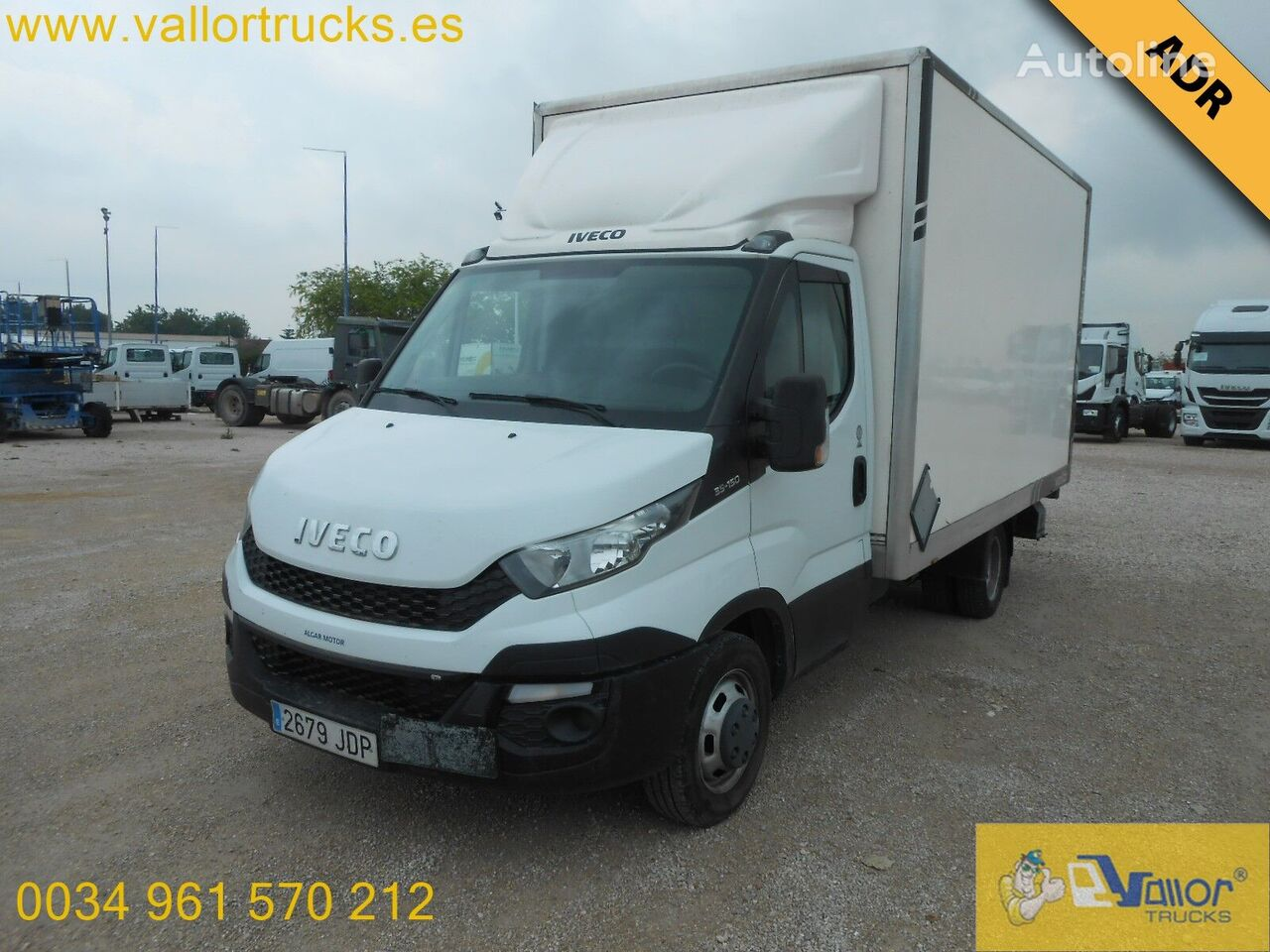 IVECO Daily 35C15 box truck < 3.5t