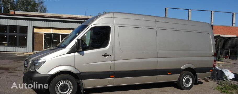 MERCEDES-BENZ 319 closed box van