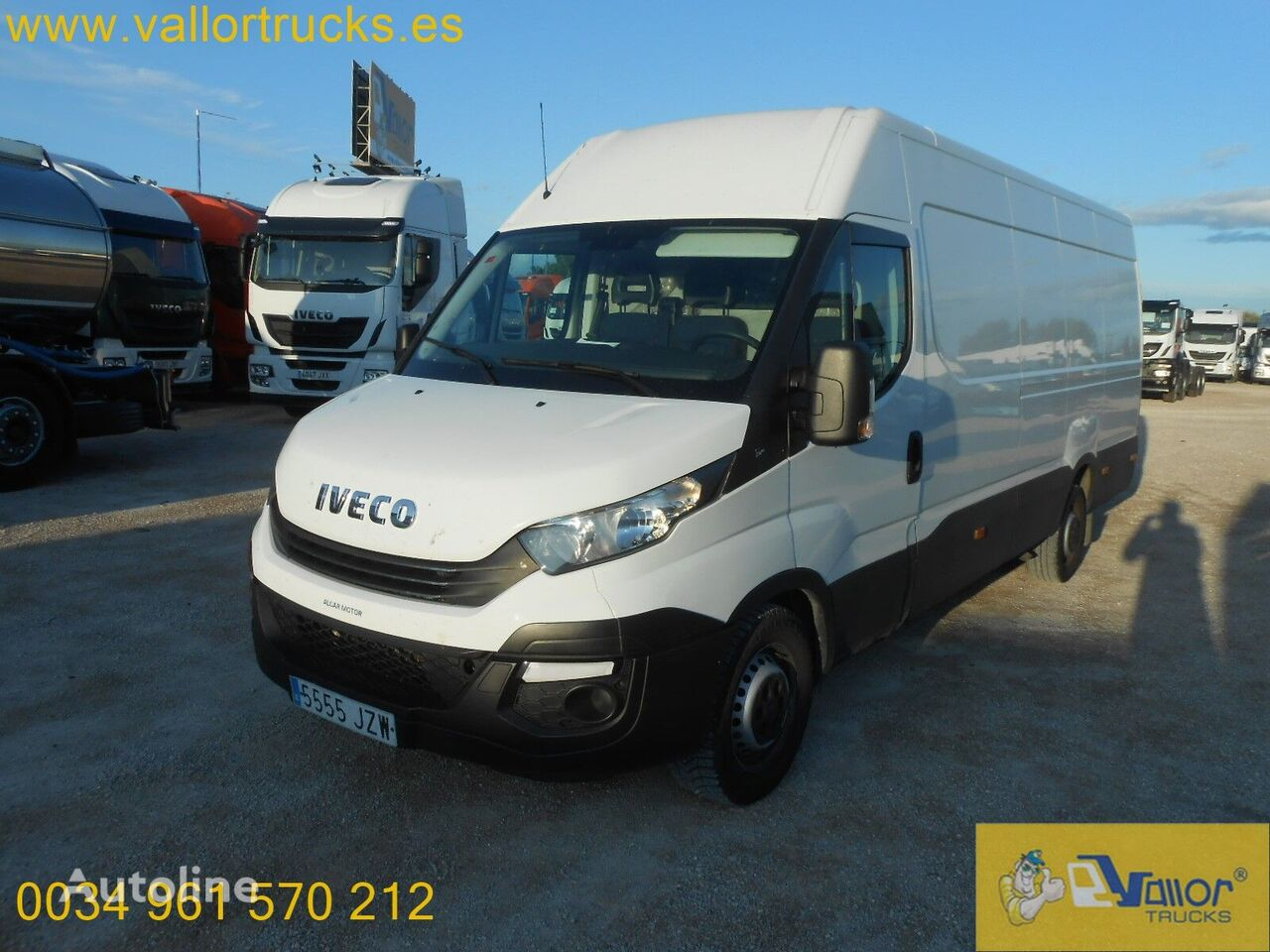 IVECO Daily 35 - 160 closed box van