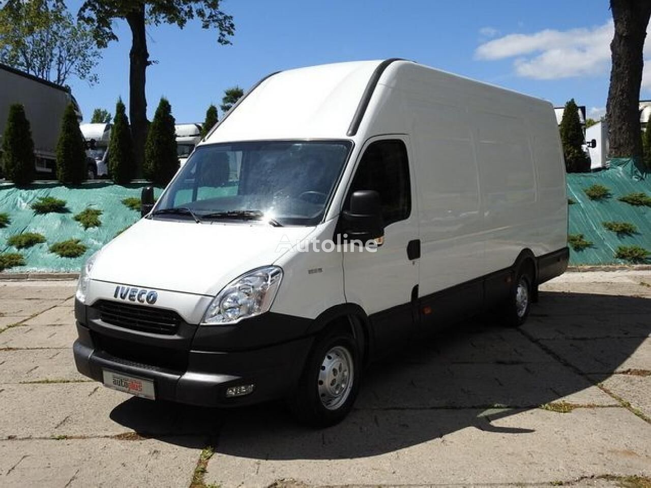 IVECO IVECO DAILY 35S13 FURGON WINDA DHOLLANDIA KLIMA TEMPOMAT [ 2527  closed box van