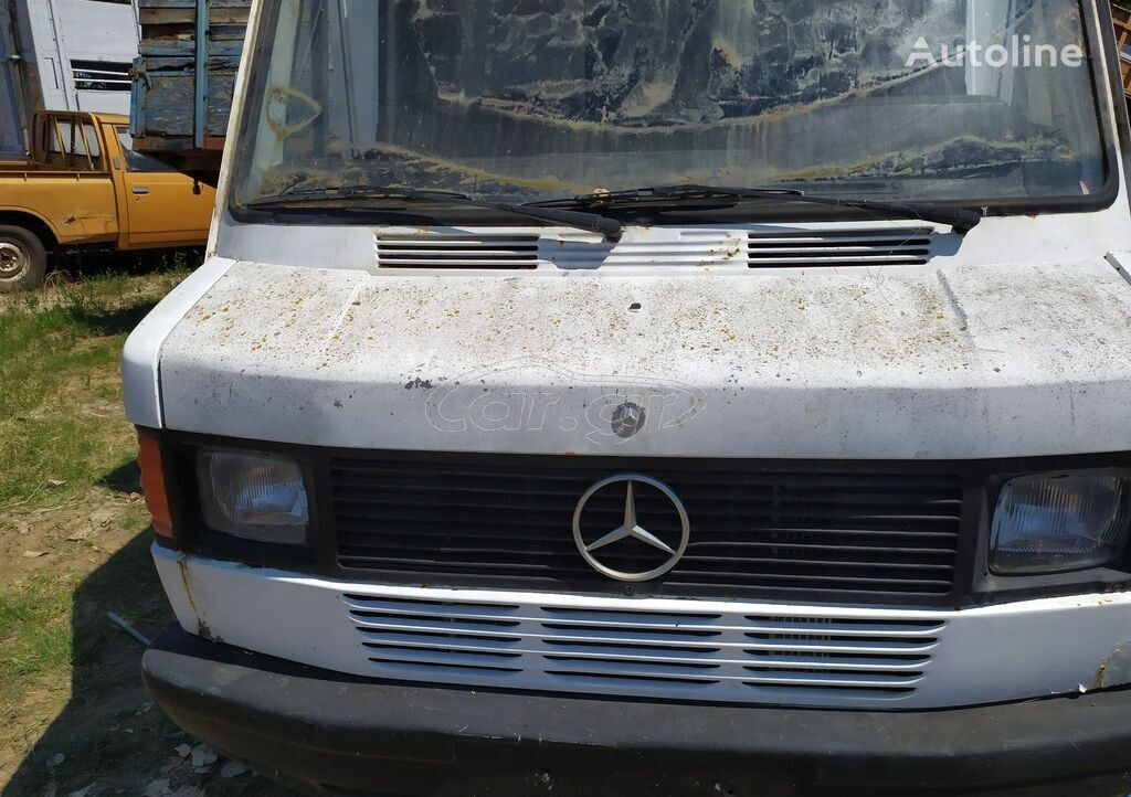 MERCEDES-BENZ 210-310-410 OLA TA ANTALAKTIKA  closed box van for parts