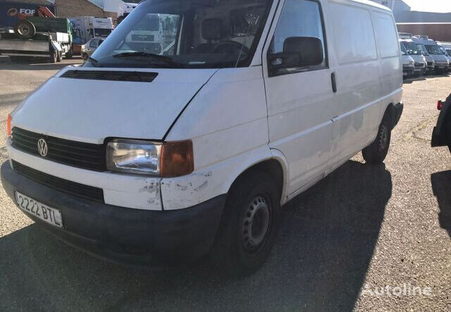 VOLKSWAGEN TRANSPORTER closed box van