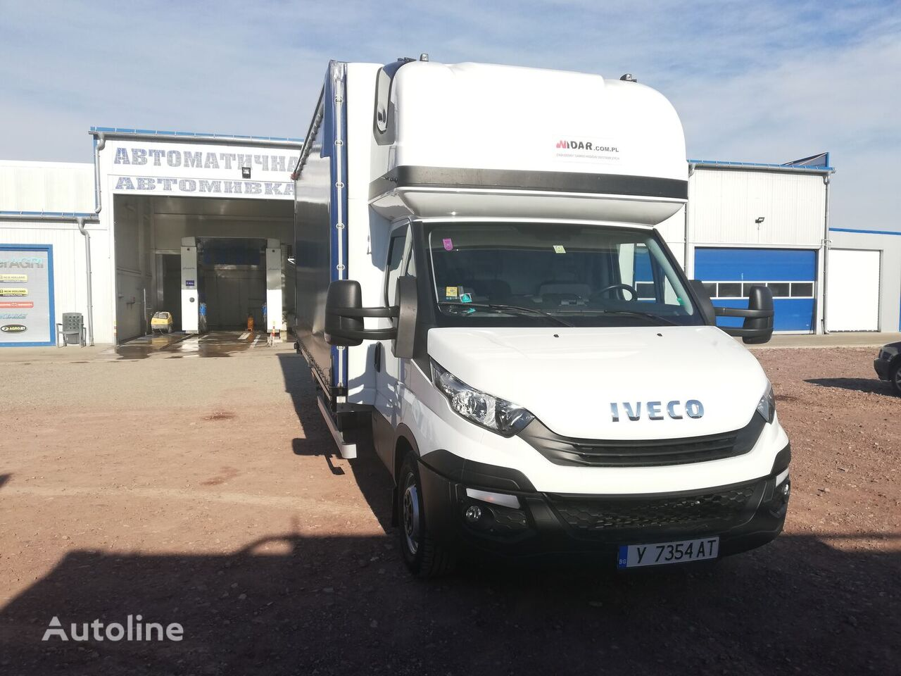 IVECO 35S18 curtainsider truck < 3.5t