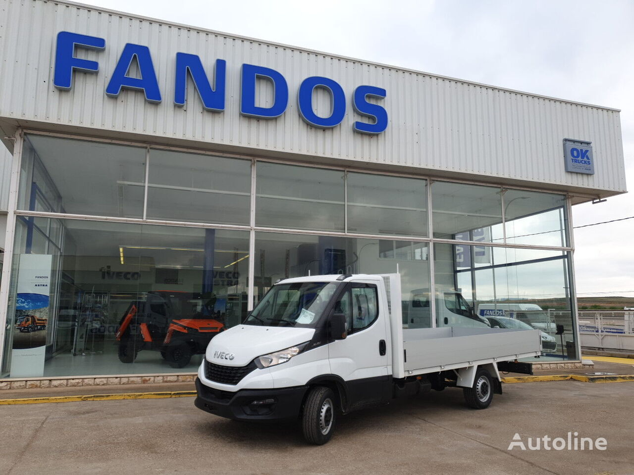 new IVECO 35S16H 3750 MY2019 nueva flatbed truck < 3.5t