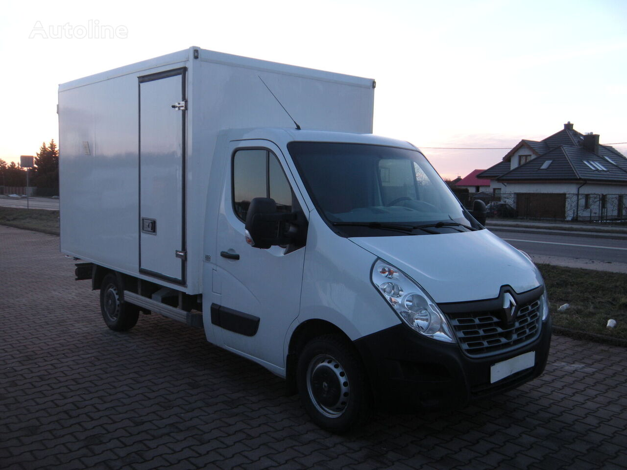 RENAULT Master isothermal truck < 3.5t