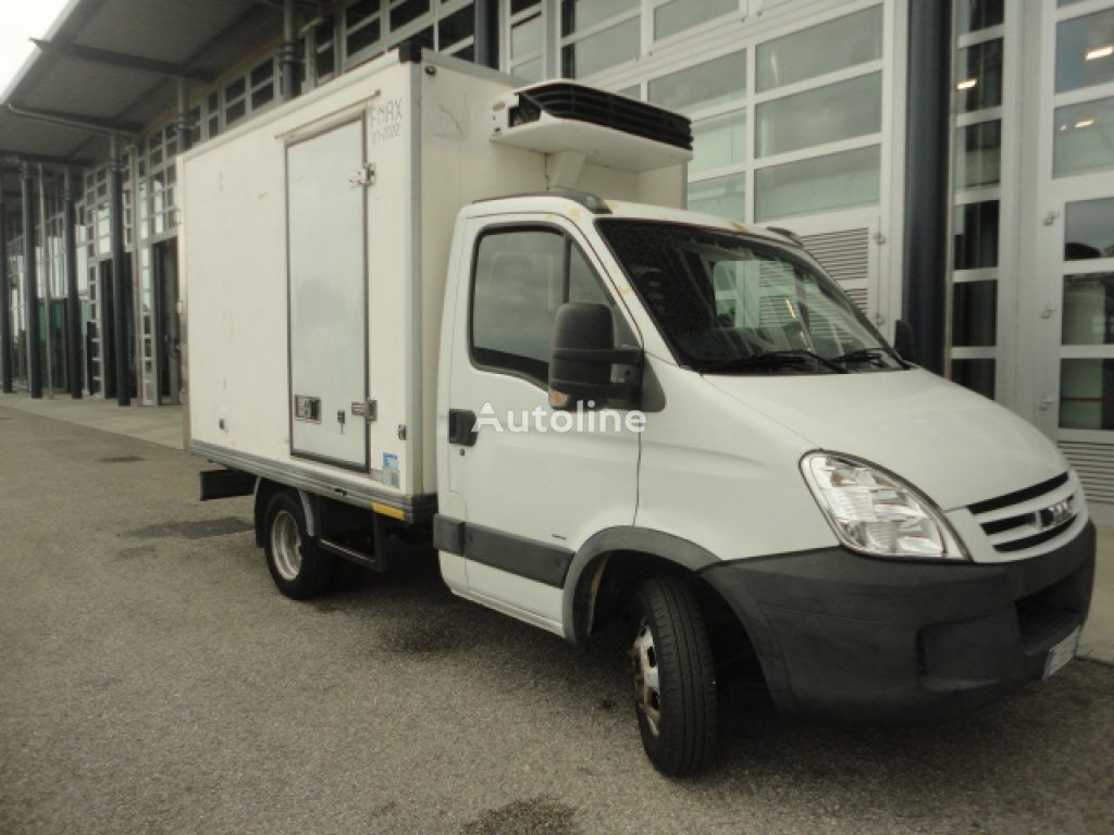 IVECO DAILY 35C15 refrigerated truck < 3.5t