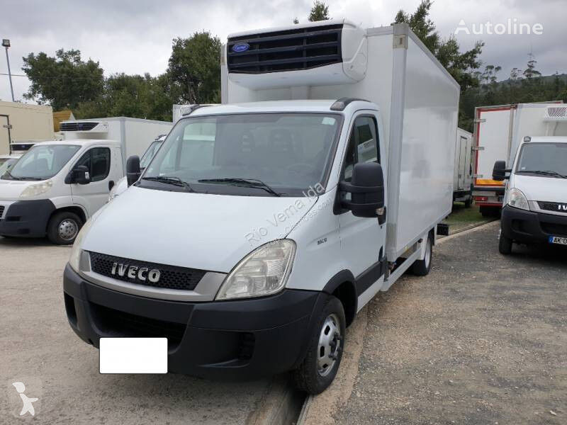 IVECO Daily refrigerated truck < 3.5t