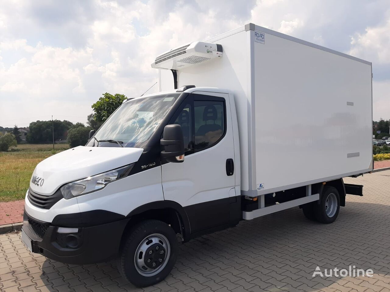 IVECO Daily 35C16 refrigerated truck < 3.5t