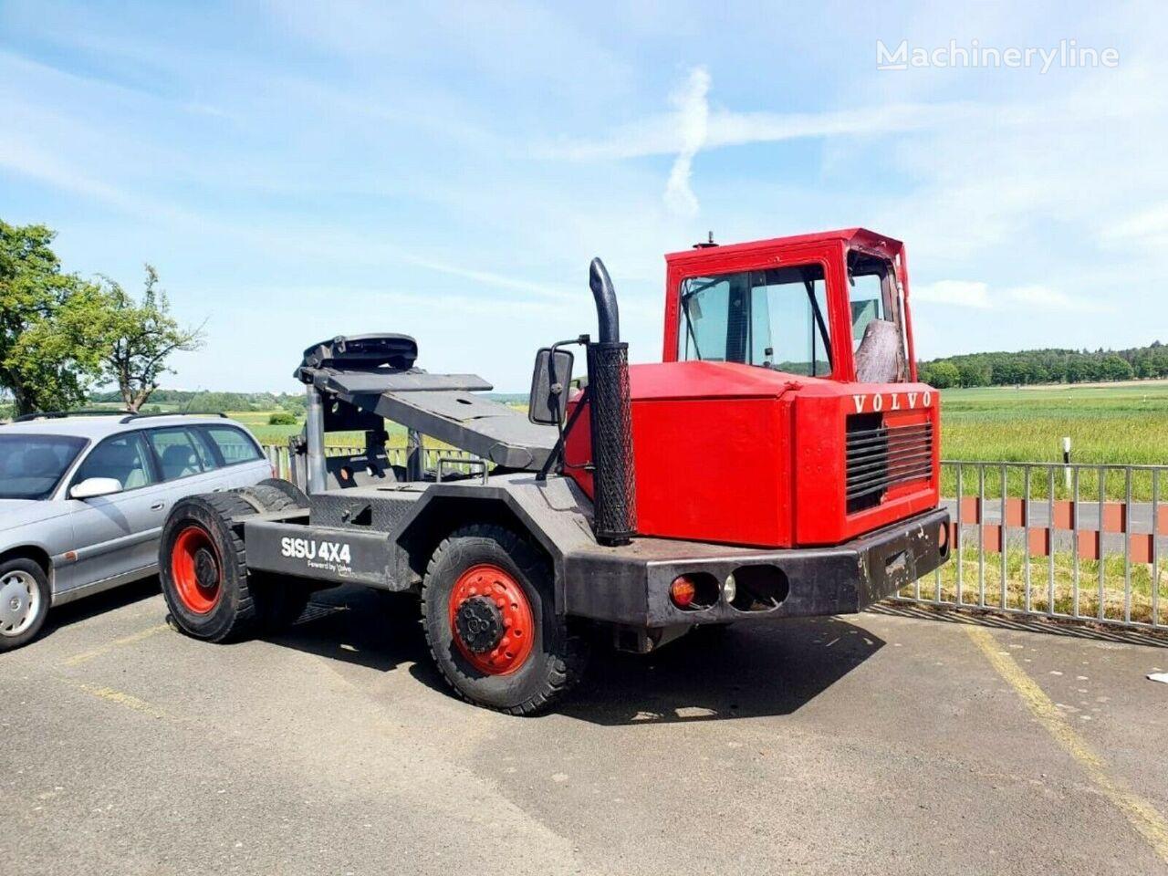 VOLVO 4x4 Terminal Rangier  Mafi Sisu RoRo tractor