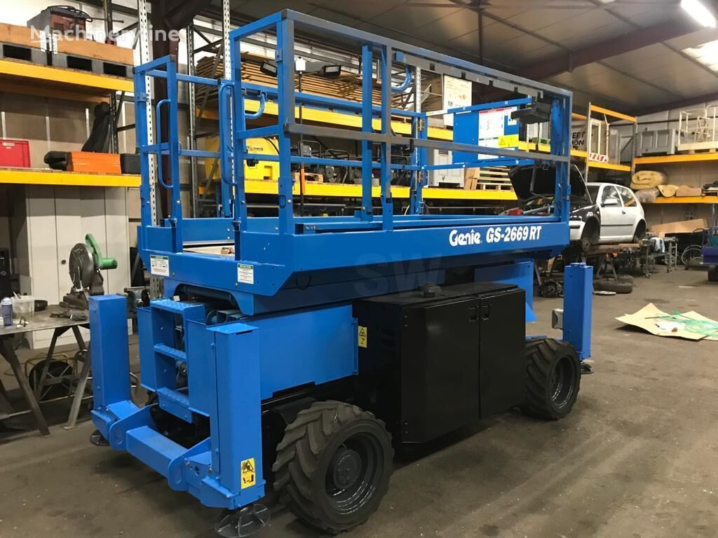 GENIE GS-2669RT articulated boom lift