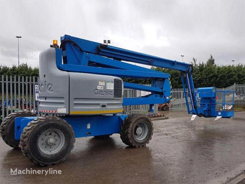 GENIE Z-60/34 articulated boom lift