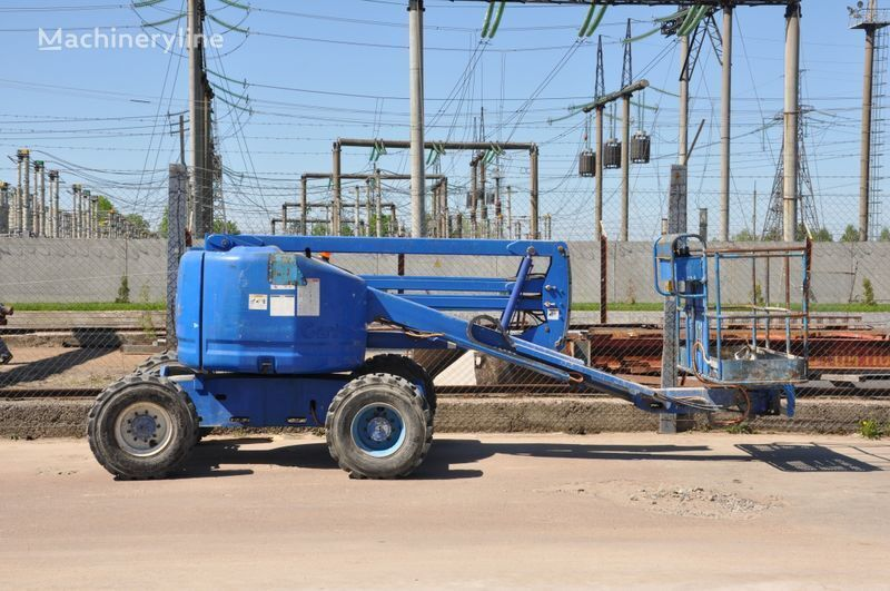 GENIE Z45/25 articulated boom lift