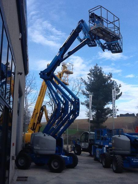 GENIE Z51/30JRT articulated boom lift