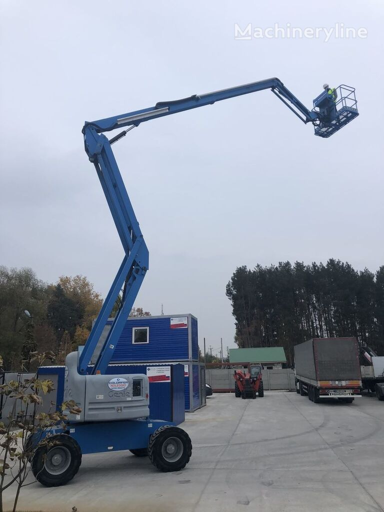 GENIE Z60-34 articulated boom lift