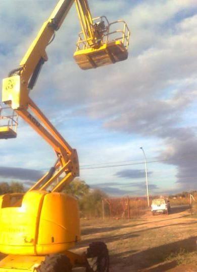 HAULOTTE HA 18 PX x4 articulated boom lift
