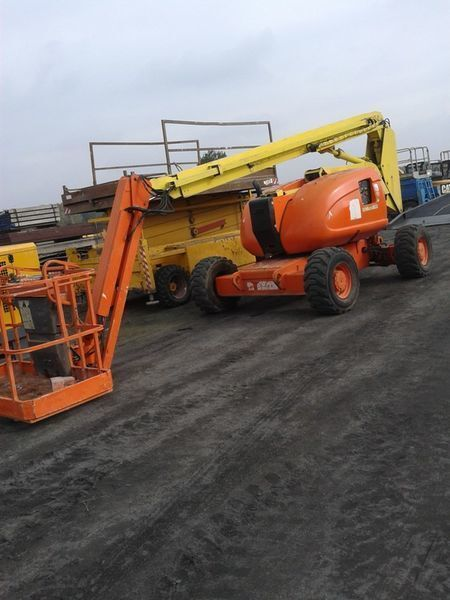 JLG 600 AJ   4*4*4 articulated boom lift