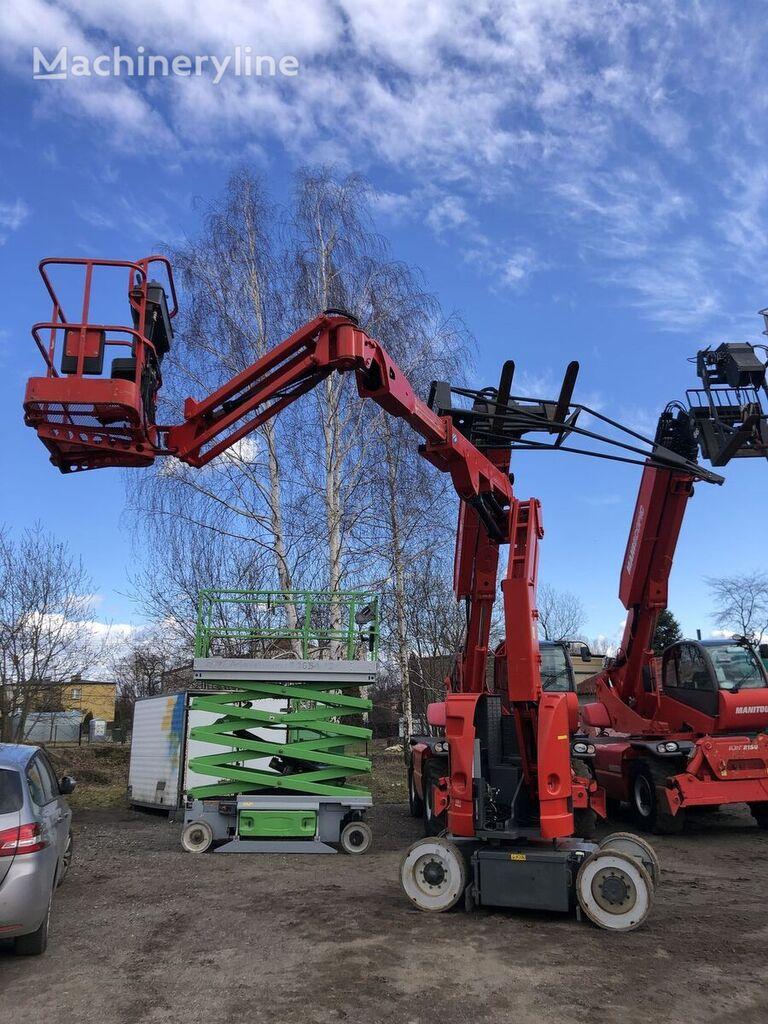 JLG E300 AJPn articulated boom lift