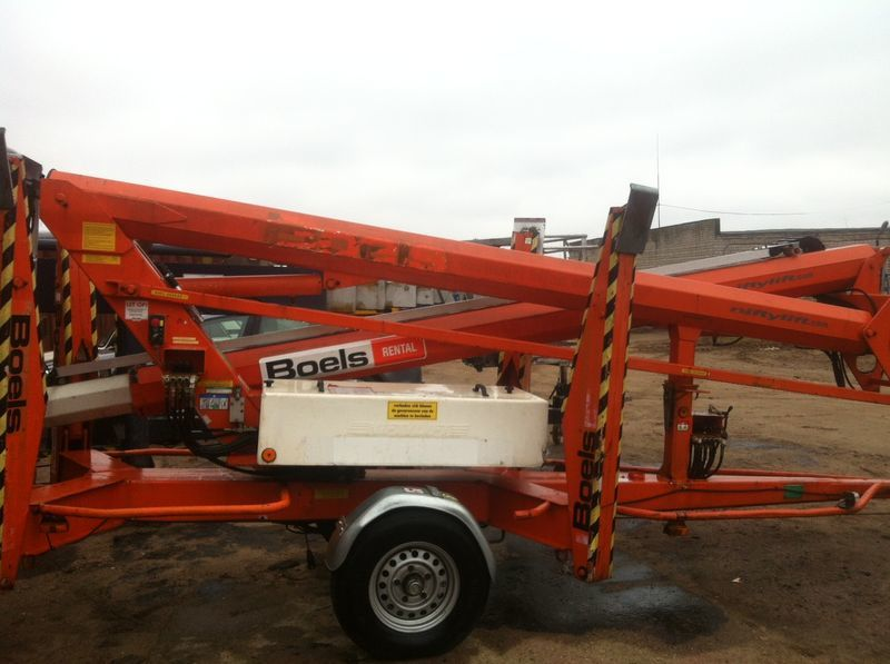 NIFTYLIFT 170 articulated boom lift