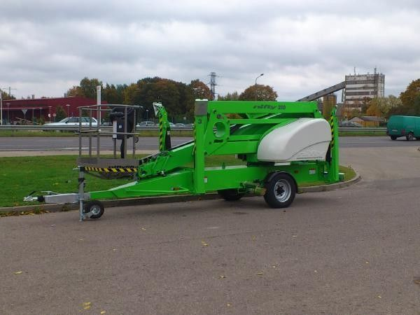 NIFTYLIFT N210 articulated boom lift