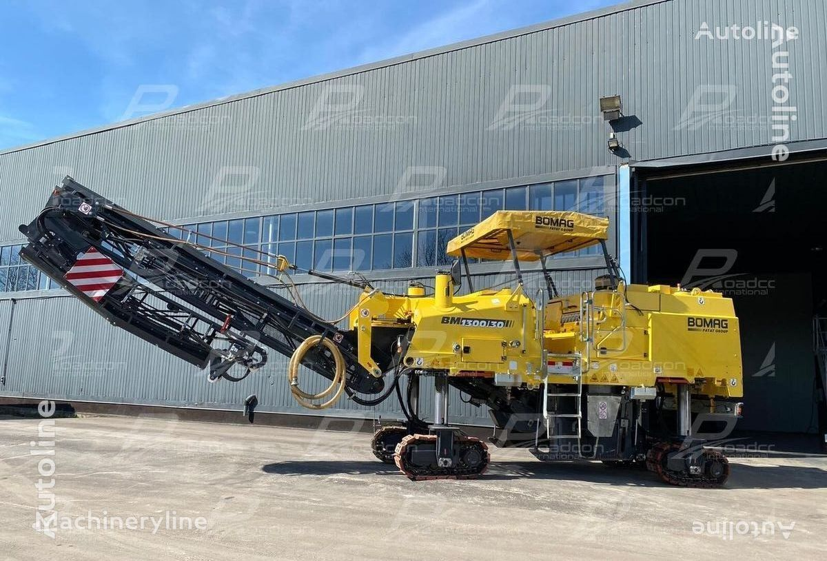 BOMAG BM1300/30 asphalt milling machine