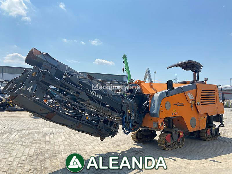 WIRTGEN 100F asphalt milling machine