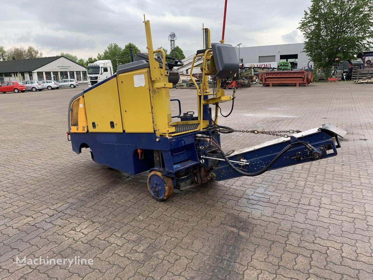 WIRTGEN W35DC asphalt milling machine