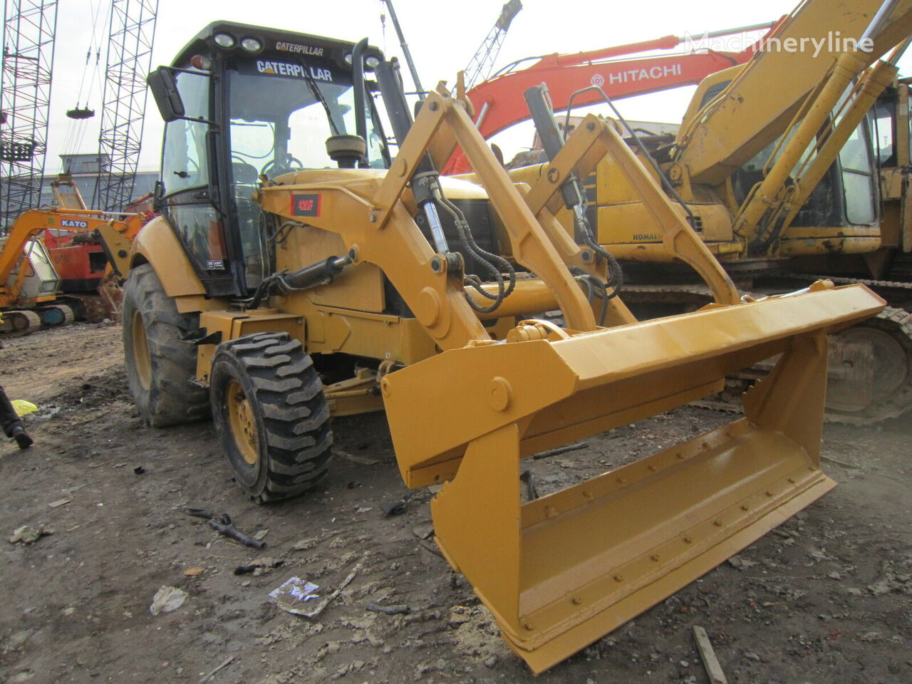 CATERPILLAR 420F backhoe loader