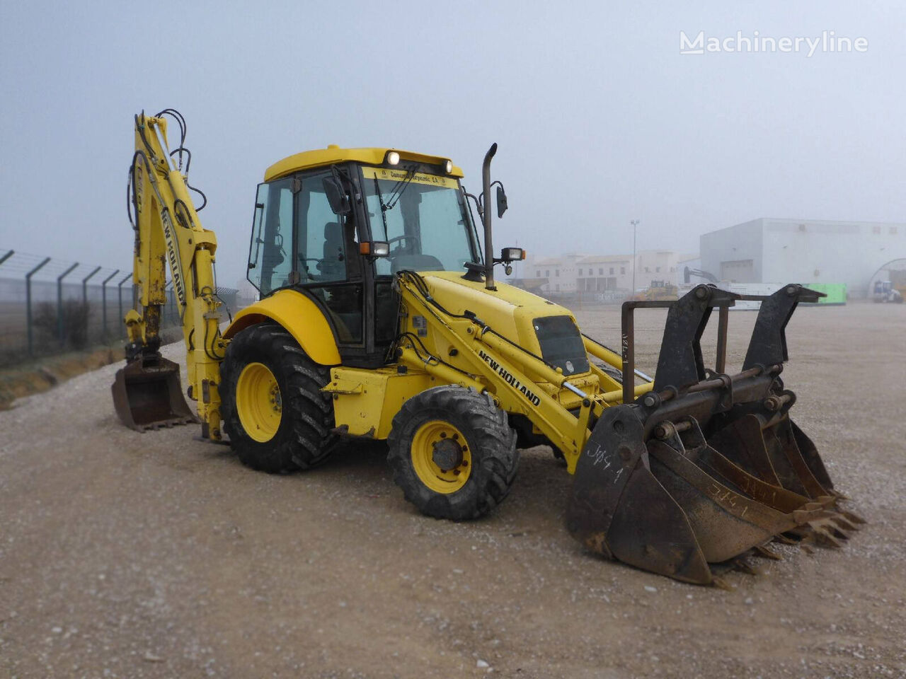 NEW HOLLAND LB110-4PT backhoe loader
