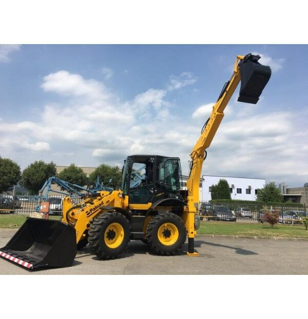 PB 190 backhoe loader
