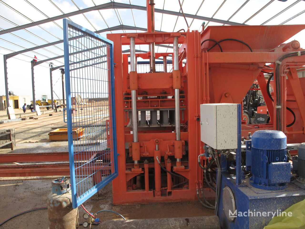 new CONMACH BlockKing-25FSP block making machine