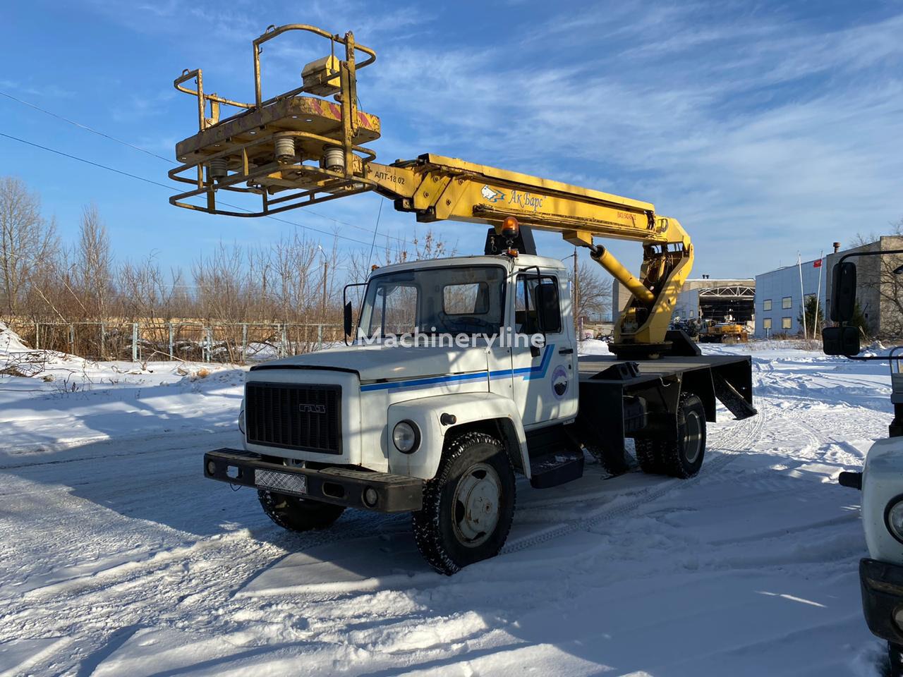 GAZ 3309 bucket truck