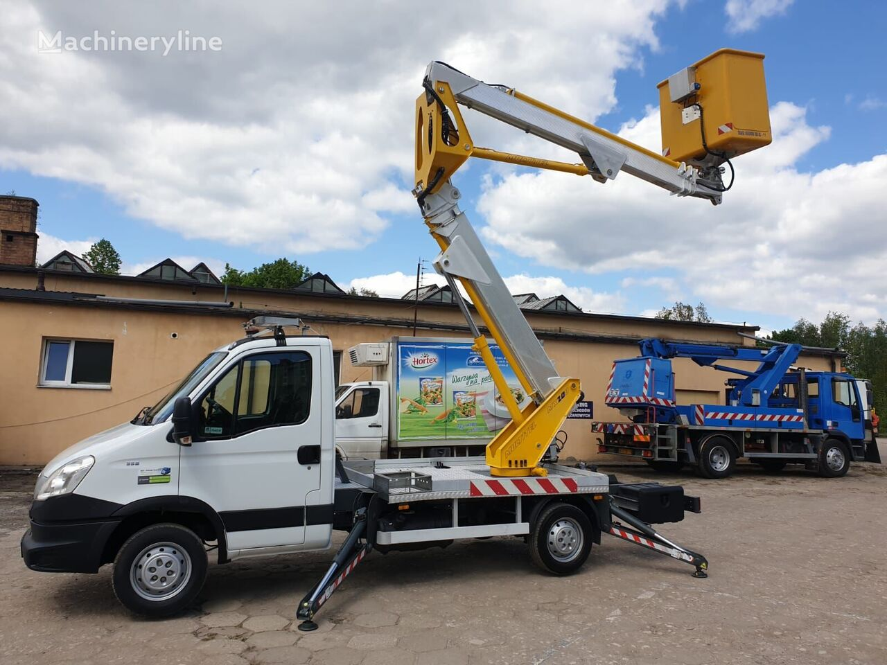 IVECO Daily 35S13 bucket truck